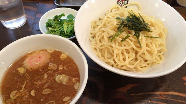 煮干しらーめん「玉五郎」つけ麺と柚子三つ葉